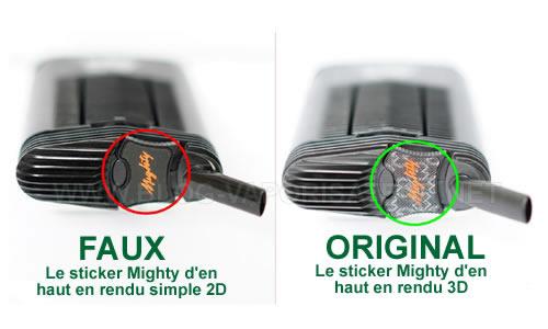 Sticker 3D Mighty est absent sur le faux modèle de ce vapo